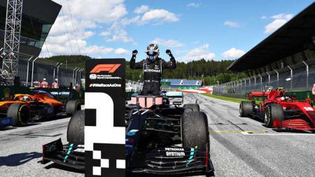 Pembalap Mercedes, Valtteri Bottas, memenangkan balapan Formula 1 GP Austria 2020. - INDOSPORT