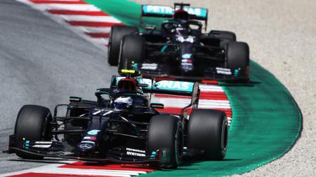 Lewis Hamilton juara F1 GP Spanyol 2021 kalahkan Max Verstappen. - INDOSPORT