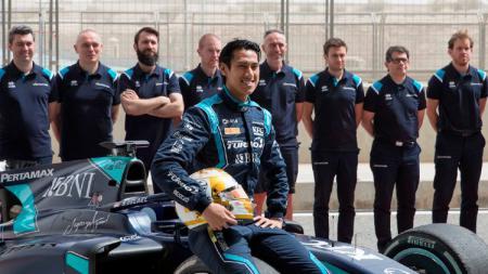 Bos Formula 2, Bruno Michel, mengaku bingung dengan masalah teknis yang kerap Sean Gelael derita terutama di 2020. - INDOSPORT