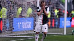 Indosport - Gonzalo Higuain tampak frustrasi usai gagal mencetak gol untuk Juventus