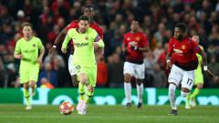 Indosport - Bintang Barcelona, Lionel Messi saat menghadapi Manchester United di Liga Champions 2018/2019.