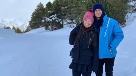 Philippe Coutinho dan istri, Aine, sedang menanti kelahiran buah hati ketiganya. - INDOSPORT