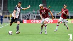 Indosport - Situasi pertandingan pekan ke-32 Serie A Liga Italia antara AC Milan vs Juventus.