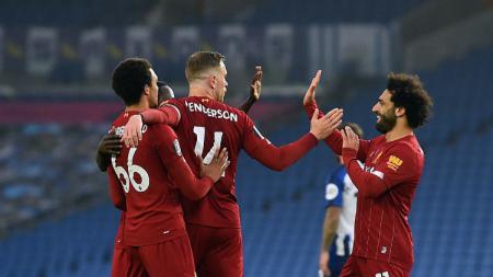 Mohamed Salah berhasil mencatatkan rekor mengalahkan legenda Liverpool usai mencetak dua gol dan satu assist saat melawan Brighton di lanjutan Liga Inggris. - INDOSPORT