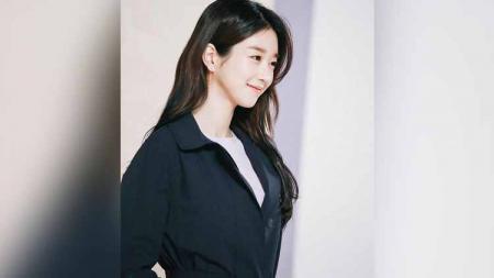 Aktris cantik Korea Selatan yang sedang membintangi drama It's Okay to Not Be Okay, Seo Ye-ii, pernah punya pengalaman traumatis soal berenang. - INDOSPORT