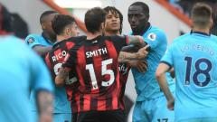 Indosport - Situasi panas di laga pekan ke-34 Liga Inggris antara Bournemouth vs Tottenham Hotspur.