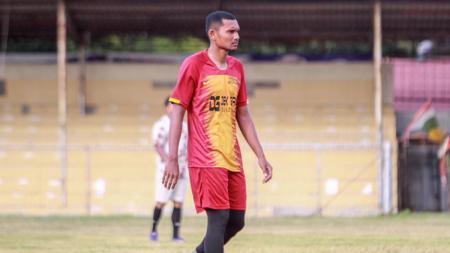 Stopper klub Liga 1 2020 Borneo FC asal Aceh, Andri Muliadi, sedikit bernostalgia dengan mantan klubnya Persiraja Banda Aceh. - INDOSPORT