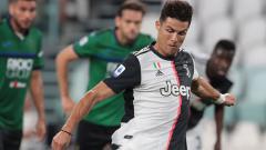 Indosport - Cristiano Ronaldo mencetak dua gol di laga pekan ke-32 Liga Italia Juventus vs Atalanta.
