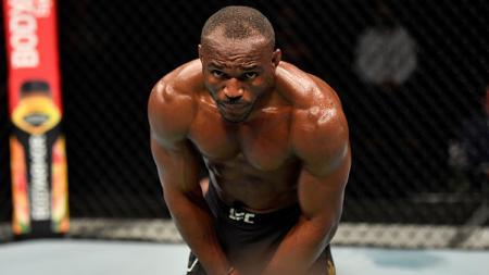 Pegulat Mixed Martial Arts (MMA), Kamaru Usman mengaku kesulitan sebelum pertandingan melawan Jorge Masvidal di UFC 251. - INDOSPORT