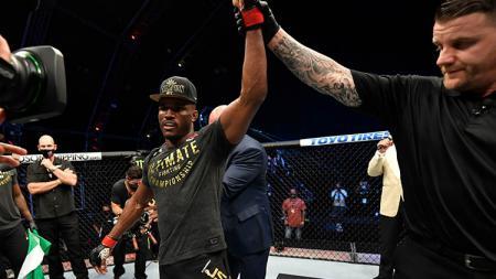 Sebelum berhasil mengalahkan Jorge Masvidal di UFC 251, Kamaru Usman ternyata sempat dilatih oleh putri cantiknya. - INDOSPORT