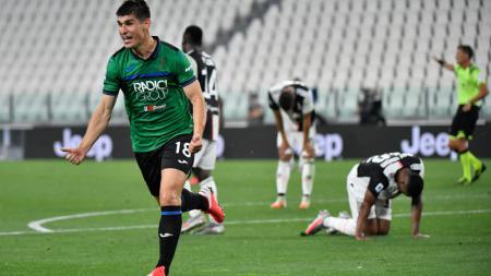 Pemain Atalanta, Ruslan Malinovsky, berhasil mencetak gol ke gawang Juventus - INDOSPORT