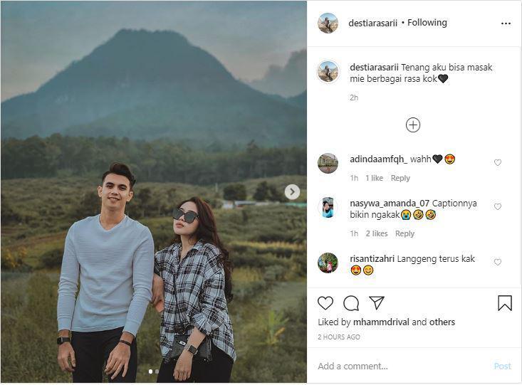 Unggahan kekasih pemain Bali United Nadeo Argawinata, Destiara Sari. Copyright: Instagram @destiarasarii