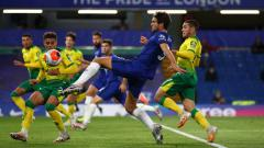Indosport - Karier Marcos Alonso di Chelsea berada di ujung tanduk usai dilaporkan membuat Frank Lampard marah besar di pertandingan melawan West Brom.