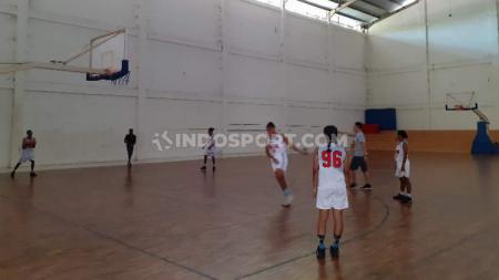 Atlet Basket Putri Papua untuk PON 2021 saat menjalani latihan. - INDOSPORT