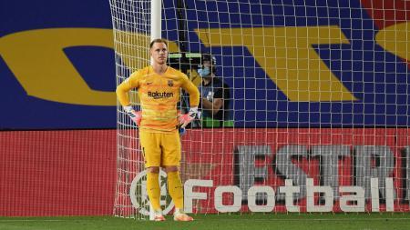 Penjaga gawang Marc-Andre ter Stegen baru saja menjalin kerja sama baru bersama klub LaLiga Spanyol, Barcelona. - INDOSPORT