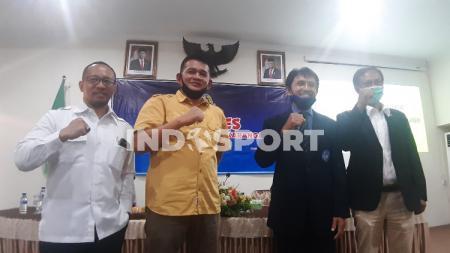 Prihanto terpilih secara aklamasi sebagai Ketua PSSI Karanganyar periode 2020-2014 dalam kongres di Rumah Dinas Bupati, Sabtu (18/07/20). - INDOSPORT