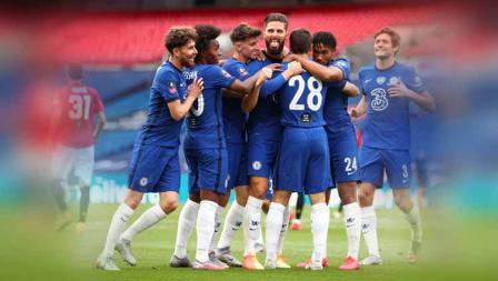 Selebrasi pemain Chelsea, Olivier Giroud saat merayakan gol dengan timnya dalam pertandingan Semifinal Piala FA.