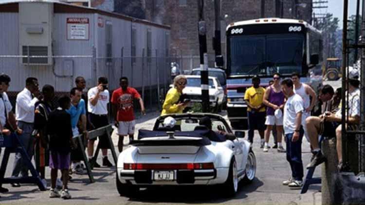 Mobil Michael Jordan Porsche 930 Flat Nose Turbo Copyright: nss sports