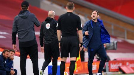 Frank Lampard tampak kesal kepada Jurgen Klopp - INDOSPORT