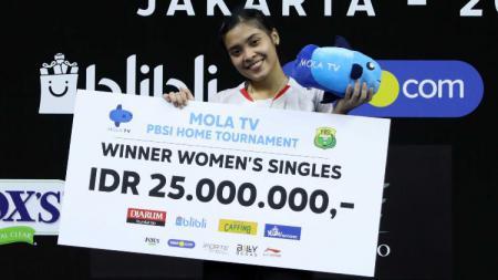 Berhasil revans dari Putri Kusuma Wardani di final Mola TV PBSI Home Tournament, pebulutangkis Gregoria Mariska akui masih kewalahan dengan dua hal ini. - INDOSPORT