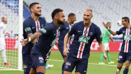 PSG bisa menang mudah laga Liga Champions usai gaji Neymar seorang bisa hidupi seluruh jajaran pemain Atalanta. - INDOSPORT