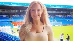 Indosport - Emma Jones jurnalis Leeds United TV