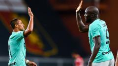 Indosport - Terselip tiga fakta hebat yang ditorehkan Inter Milan usai menggasak tuan rumah Genoa dengan skor 3-0 pada laga lanjutan pekan ke-36 Serie A Italia.