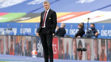 Ole Gunnar Solskjaer santer disebut bakal didepak usai Man United kalah 1-6 dari Tottenham Hotspur. Berikut 5 kandidat pengganti, termasuk eks bidikan AC Milan. - INDOSPORT