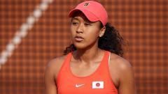 Indosport - Naomi Osaka di salah satu turnamen tenis Spanyol, Februari 2020.