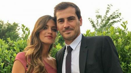 Jurnalis cantik sekaligus istri Iker Casillas, Sara Carbonero, mengalami banyak cobaan dan 'penderitaan' saat meliput ajang Piala Dunia 2010 di Afrika Selatan. - INDOSPORT