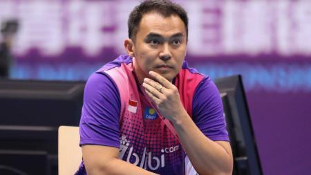 Kesuksesan tim bulutangkis junior Indonesia merebut Piala Suhandinata untuk kali pertama tidak lepas dari sosok David Yedita Pohan, siapakah dia? - INDOSPORT
