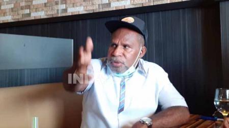 Ketua Harian PB PON Papua, Yunus Wonda. - INDOSPORT