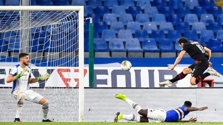 Proses gol yang dicetak Hakan Calhanoglu dalam laga Sampdoria vs AC Milan - INDOSPORT