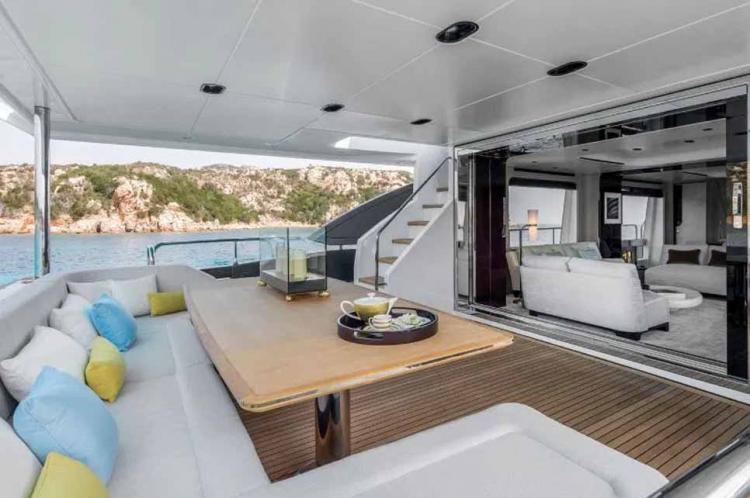Yacht Ronaldo seharga £5.5m 3. Copyright: The Sun