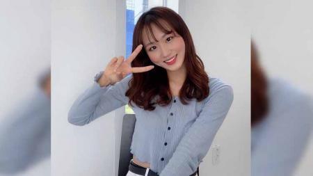 Kim Ga-young, atlet eSports cantik asal Korea Selatan. - INDOSPORT