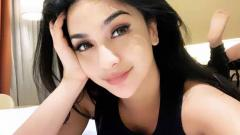 Indosport - Ring girl dan model seksi, Siva Aprilia.