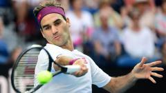 Indosport - Fans mengecam pihak penyelenggara Prancis Terbuka 2021 setelah petenis asal Swiss, Roger Federer memutuskan mundur dari kompetisi Grand Slam tersebut.