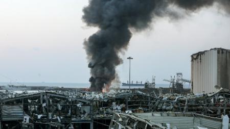 Palang pintu klub Liga 1 PSM Makassar, Hussein Eldor menggambarkan situasi terkini Kota Beirut, Lebanon pasca ledakan dasyat. - INDOSPORT