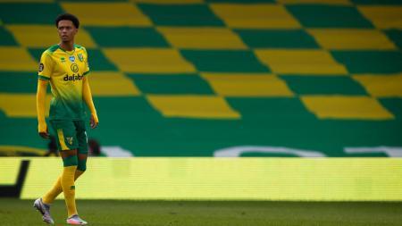 Belajar dari keberhasilan mereka mendatangkan Andrew Robertson, lagi-lagi Liverpool dikabarkan berminat mendatangkan bek klub degradasi. - INDOSPORT