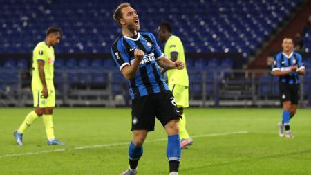 Selebrasi Christian Eriksen usai mencetak gol di Liga Europa antara Inter Milan vs Getafe - INDOSPORT