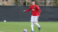 Indosport - Bintang muda Manchester United, Dylan Levitt, diketahui sudah menghapus unggahan di Twitter bernada protes setelah dia disingkirkan dari skuat Liga Europa.