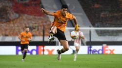 Aksi Raul Jimenez di laga Liga Europa Wolves vs Olympiakos