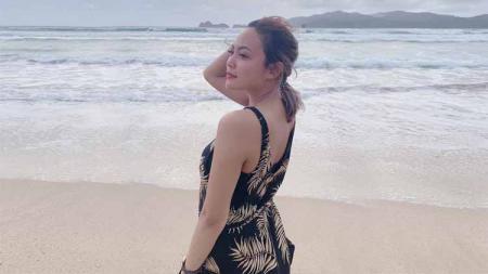 Tami Aulia dikenal sebagai penyanyi asal Lombok yang pernah menjadi penyanyi paling populer di YouTube. - INDOSPORT