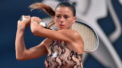 Indosport - Camila Giorgi, petenis Italia saat beraksi di Palermo Ladies Open 2020.
