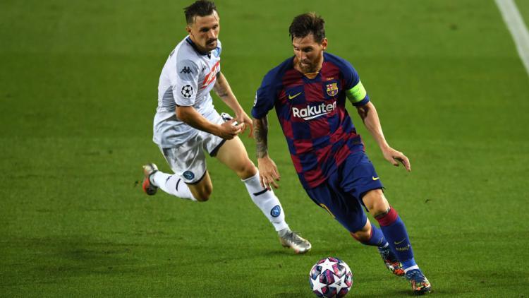 Aksi Lionel Messi di laga Liga Champions antara Barcelona vs Napoli Copyright: David Ramos/Getty Images