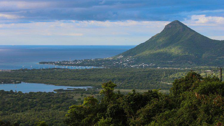 Mauritius merupakan negara kecil yang terkenal dengan pemandangan cantiknya. Copyright: Franco Origlia/Getty Images