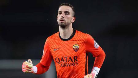 Seiring dengan keinginan Jose Mourinho memboyong Rui Patricio, AS Roma akhirnya resmi melepas kiper Pau Lopez ke Marseille di bursa tranfer musim panas ini. - INDOSPORT