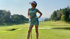 Indosport - Chef cantik, Farah Quinn kembali memamerkan gaya kompak saat main golf bersama sang putri tercinta.