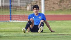 Indosport - Bek timnas Indonesia U-19, Elkan Baggott baru saja benasib pahit saat membela klub Inggris, Ipswich Town U-23 pada Selasa (22/9/2020).