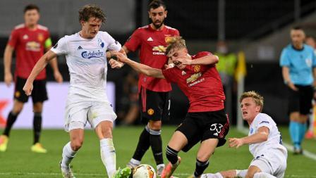 Suasana pertandingan Liga Europa 2019/20 antara Manchester United vs Copenhagen di RheinEnergieStadion, Jerman, Selasa (11/08/20) dini hari WIB.